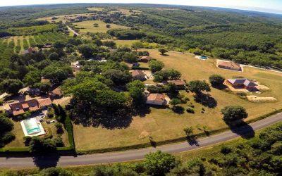 Pourquoi choisir un village de gîtes pour vos vacances en Dordogne