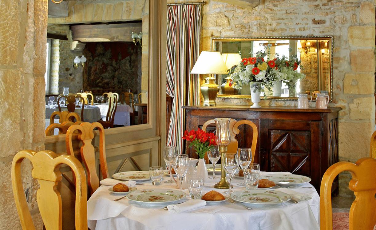 Laborderie restaurant sarlat table