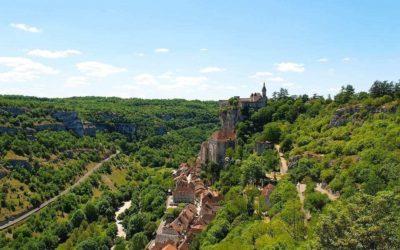Découvrir la vallée des châteaux depuis les airs